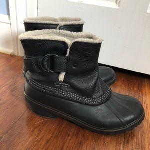 Sorel short ankle winter boots